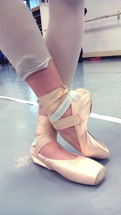 My new poinshoes. Pointe Shoes, Ballet Shoes, Dance Shoes, Tutu, Ballet Feet, Ballet Costumes, Dancing In The Rain, Camellia, Dance Wear