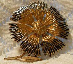 Vintage Large Sunflower Brooch by JJ by ViksVintageJewelry on Etsy, $25.00