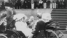""""""" Tsar Nicholas II and three of his daughters, the Grand Duchesses Olga, Tatiana and Maria, leave in a carriage. """""""