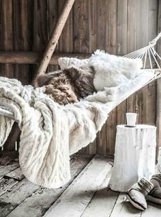 18 Ways to Bring the Cozy Pinterest *Hygge* Trend into Your Home This Winter | Brit + Co