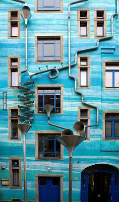 A building that plays music when it rains in Dresden, Germany