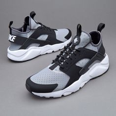 af3a4b18066b Nike Sportswear Air Huarache Run Ultra - Wolf Grey Club Outfits