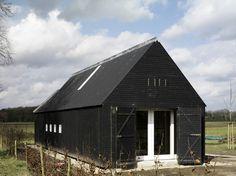 Simple Wooden Pavilion Design Modern Rural Architecture by FARO Architecten bv Barn House Design, Modern Barn House, Shed Design, Timber House, Wooden Pavilion, House Design Pictures, Black House Exterior, Black Barn, Dark House