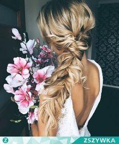 Zobacz zdjęcie NA TOPIE Luźne fryzury ślubne zdjęcia > w pełnej rozdzielczości