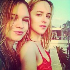 Dakota Johnson Life: New/Old Personal Picture of Dakota with Stella!