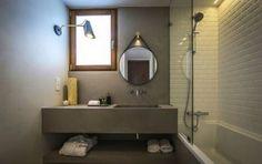 Parede e Bancada em Microcimento: Hotéis translation missing: pt.style.hotéis.moderno por 4Udecor Microcimento