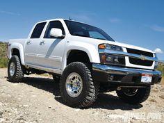Chevy Colorado 4x4 lifted!