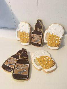 Beer Mug Bottle Cookies - 1 Dozen Beer Cookies, Cute Cookies, Cupcake Cookies, Cookie Frosting, Royal Icing Cookies, Mug Sugar Cookie, Summer Cookies, Cookie Time, Cakes For Men
