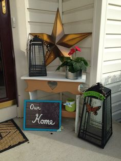 Cute front porch using PartyLite lanterns. #partylite #candles