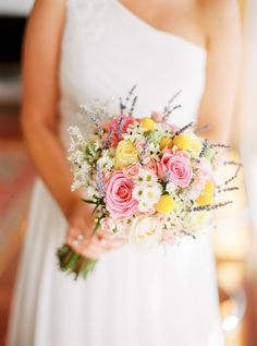 Sweet simple Bouquet -- On http://www.StyleMePretty.com/2014/04/01/romantic-diy-wedding-in-portugal/ Photography:  Brancoprata.com on #smp