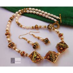 Meena and Pearl necklace set