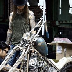 Image from Germany  __kustom Kulture Forever__ #kustomkultureforever #kustomkulture #germany #meeting #party #harleydavidson #chopper #bobber #panhead #shovel #ironhead #lowbrow #canon  @flyingchoppers 👉🏽 😉