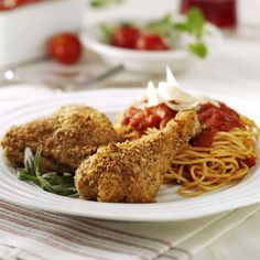 Chicken Parmesan Recipe -With two small children, I appreciate meals that can be easily assembled and put into the oven. I always keep the ingredients for this Parmesan Chicken recipe on hand. Chicken Parmesan Recipes, Chicken Parmesean, Chicken Parmigiana, Turkey Dishes, Yum Yum Chicken, How To Cook Chicken, Chicken Meals, Baked Chicken, Food Dishes