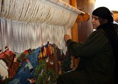 Weaving Tapestries at Wissa Wassef by ~W~, via Flickr - Harrounia, Egypt.  #weaving #egypt #weaversatwork