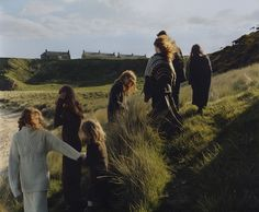 Harley Weir Shoots A Scottish Family Sporting Pringle – iGNANT.de