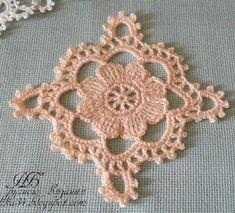 Sencillo Motivo a Crochet con Flor - Manualidades Y DIYManualidades Y DIY Crochet Wool, Crochet Chart, Crochet Motif, Diy Crochet, Vintage Crochet, Crochet Designs, Crochet Doilies, Crochet Flowers, Crochet Patterns