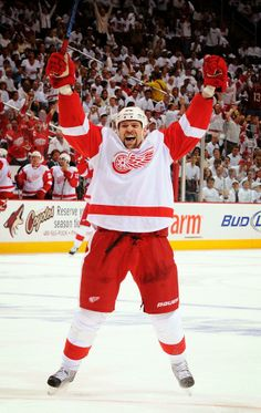 Homer! Detroit Hockey, Hockey Mom, Hockey Teams, Sports Teams, Detroit Red Wings, Red Wings Hockey, Go Blue, My Wife Is, Nhl