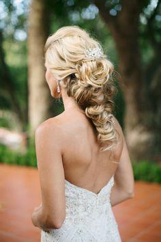 Photography: Damaris Mia Photography - www.damarismia.com Wedding Dress: Enaura Bridal  - www.enaurabridal.com Hair And Makeup: Studio Mm&b - www.studiommb.com   Read More on SMP: http://stylemepretty.com/vault/gallery/37668