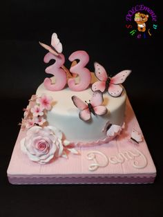 Butterflies - Cake by Sheila Laura Gallo Butterfly Birthday Cakes, 18th Birthday Cake, Butterfly Cakes, Birthday Cake Girls, Butterflies, Beautiful Birthday Cakes, Beautiful Cakes, Amazing Cakes, Fondant Cakes
