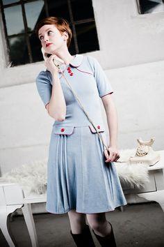 60er Jahre Nickykleid in hellblau von Peppermint-Patty auf DaWanda.com