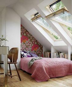 50+ Loft Bedroom Ideas_33