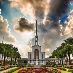 Templo de Sao Pablo, Brasil  #brasil