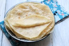 Chinese Mandarin pancake—Moo Shu shells  Ingredients      2 cups all-purpose flour     1/2 cup boiling water     1/2 cup cold water     3 tablespoon sesame oil or other vegetable oil Read more at http://www.chinasichuanfood.com/chinese-mandarin-pancake/