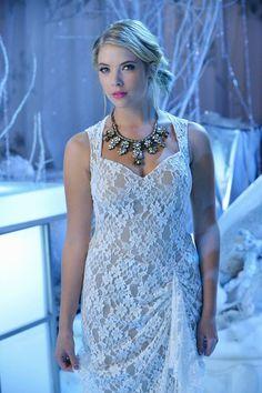 """#PLL 5x13 """"How the 'A' Stole Christmas"""" - Hanna"""