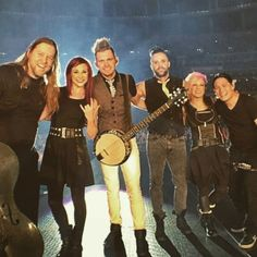 The gang's all here! - Skillet (band)