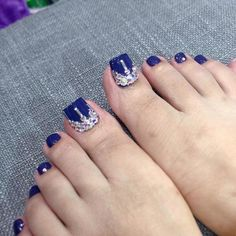 Cute Pedicures, Manicure And Pedicure, Cute Nails, Pedicure Designs, Toe Nail Designs, Bridal Toe Nails, Blue Toes, Toe Nail Art, Stylish Nails