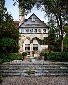 An Austin-Area Gem with a Stunning Garden