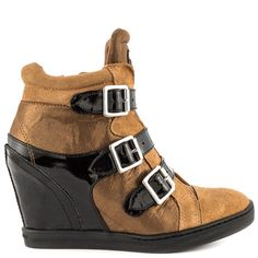 Mead 2 - Brown Multi LL by Guess Shoes