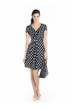Short sleeve polka dot dress / Robe à pois avec manches courtes