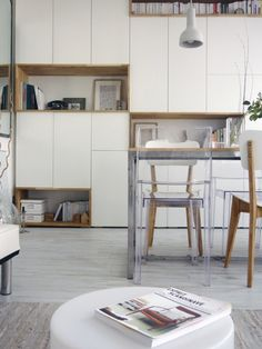 Today storage is needed in small as in large spaces! A congested space is quickly suffocating and does not invite to wellbeing. Ikea Inspiration, Cupboard Storage, Living Room Storage Cabinet, Kitchen Room, Living Room Storage, Living Room Office, Home Decor, Cabinet Decor, Furniture