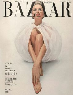 New fashion show finale harpers bazaar Ideas Fashion Magazine Cover, Fashion Cover, Miss Sixty, Twiggy, Image Deco, Magazin Covers, Bazaar Ideas, Vintage Fashion Photography, Vogue Covers
