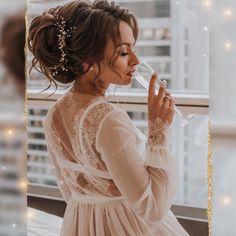 Прически и Макияж N1 Москва LA (@elstile) • Фото и видео в Instagram Wedding Hairstyles, Backless, White Dress, Dresses, Fashion, Vestidos, Moda, Fashion Styles, Wedding Hair