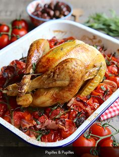 Chicken with tomatoes, bacon, tarragon Oven Recipes, Chicken Recipes, Tarragon Chicken, Those Recipe, Cooking Together, Smoked Bacon, Summer Recipes, Food And Drink, Stuffed Peppers