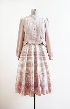 ➸ A Circus Romance Dress | s | 1970s japan vintage | http://etsy.me/1wxcjrj