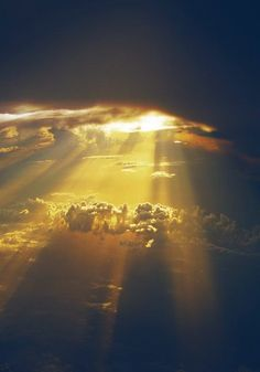 Sunlight effect, Rays, Irradiate, Clouds PNG Image and Clipart Beautiful World, Beautiful Images, Pretty Pictures, Cool Photos, Amazing Photography, Nature Photography, Beautiful Sunrise, Sky And Clouds, Amazing Nature