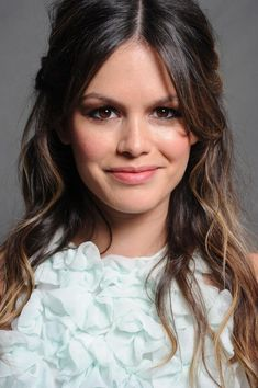 Rachel Bilson; her eyeliner is always perfect & cute!