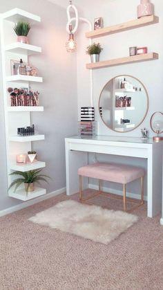Room Ideas Bedroom, Small Room Bedroom, Bedroom Decor, Bedroom Mirrors, Master Bedroom, Vanity Mirrors, Bedroom Hacks, Diy Vanity, Teen Bedroom