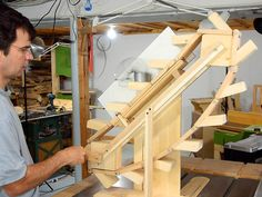 The infinite slinky machine is a homemade engineering marvel