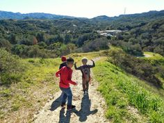 Boys will be boys... get them outside and watch them enjoying nature  #hike #kids #boys #outside #happy #wonder #landscape #trail