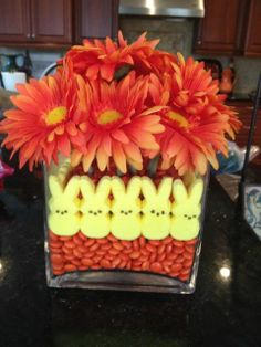 Cute easter vase.