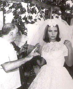 'Η Νύφη Το 'Σκασε' (1962) Actor Studio, Old Movies, Greece, Cinema, Actors, Retro, Painting, Outdoor, Inspiration