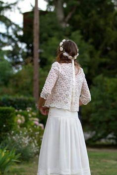 Une robe de mariée façon jupe et top en crochet