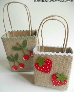 (notitle) - hand made gifts - Easter Crafts, Diy And Crafts, Crafts For Kids, Arts And Crafts, Paper Gift Bags, Paper Gifts, Decorated Gift Bags, Burlap Crafts, Jute Bags