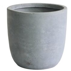 With its minimalist aesthetic and choice of finishes, the Kasamodern Modern Concrete Round Cement Planter Pot makes a chic addition to your modern home. Fiberglass Planters, Concrete Pots, Large Planters, Concrete Planters, Indoor Planters, Concrete Countertops, Landscaping With Rocks, Modern Landscaping, Landscaping Plants