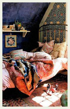 http://anindiansummer-design.blogspot.in/2013/10/autumnal-hues.html