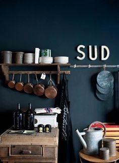 66 Ideas for bath room dark blue walls gray Kitchen Interior, Kitchen Decor, Rustic Kitchen, Modern Interior, Navy Kitchen, Kitchen Display, Interior Office, Interior Design, Dark Blue Kitchens